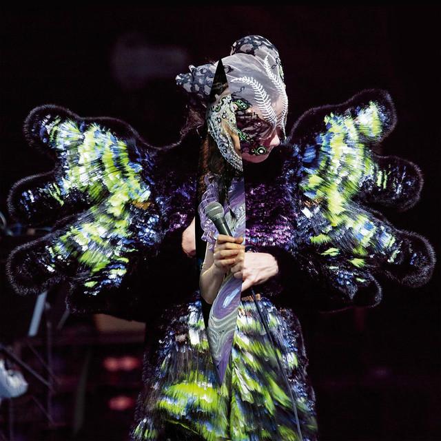 Skivomslag för Björk: Vulnicura Live