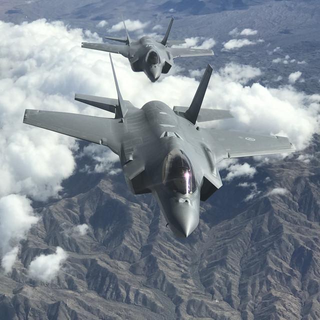 Å fly F-35 er som å ha en R2-D2 i baksetet