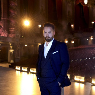 Alfie Boe, Nick Jonas Empty Chairs At Empty Tables - US Version cover