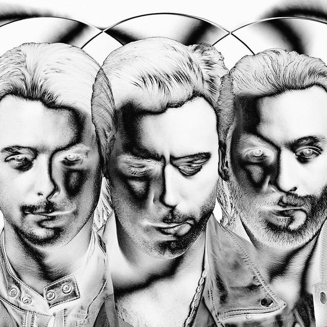 Skivomslag för Swedish House Mafia: Until Now