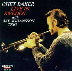Chet Baker Trio - Live From The Moonlight