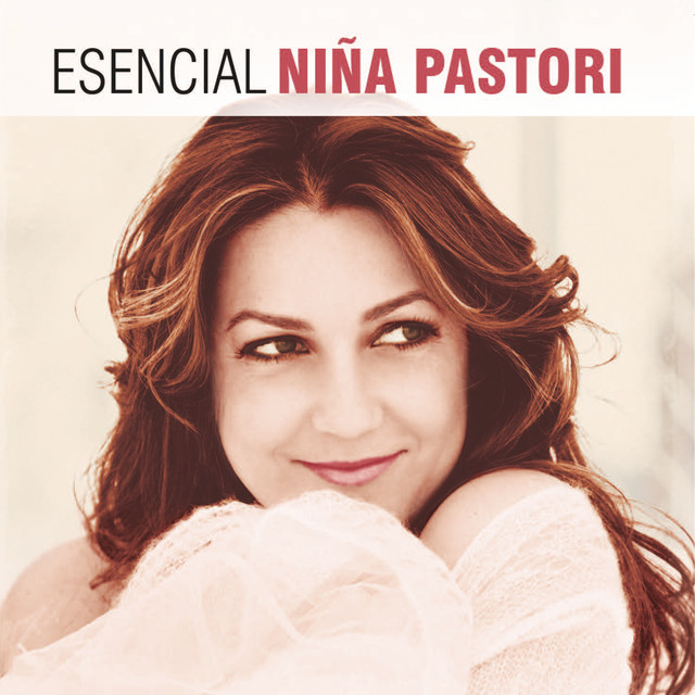 Album cover for Esencial Niña Pastori by Niña Pastori