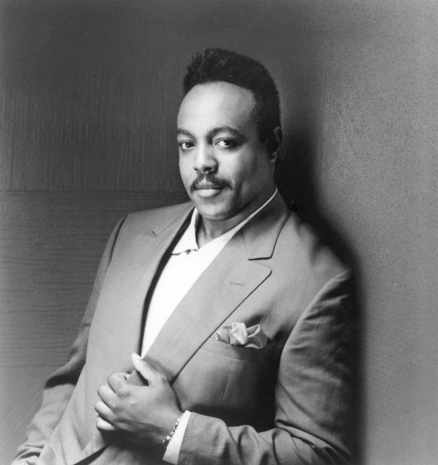 Peabo Bryson, London Symphony Orchestra The Christmas Song cover
