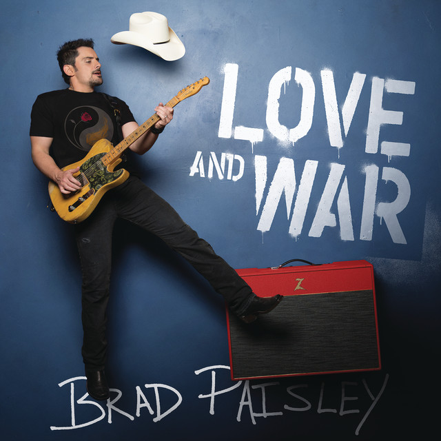Skivomslag för Brad Paisley: Love And War