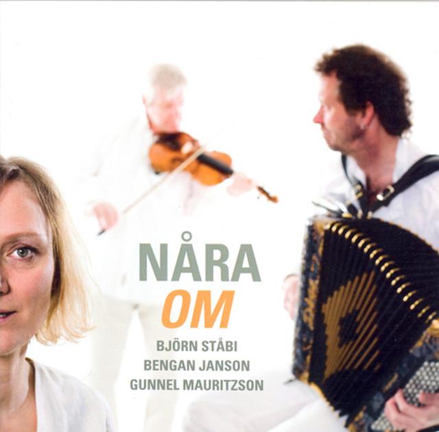 Skivomslag för Nåra: Om