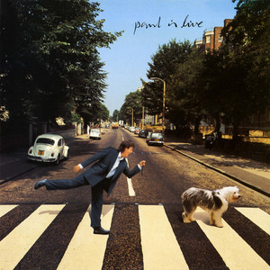 Paul Is Live Albumcover