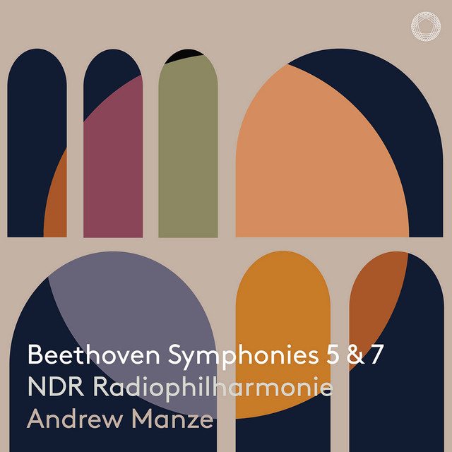 Album cover for Beethoven: Symphonies Nos. 5 & 7 by Ludwig van Beethoven, NDR Radiophilharmonie, Andrew Manze