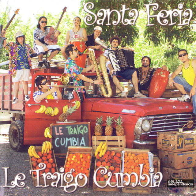 Album cover for Le Traigo Cumbia by SantaFeria