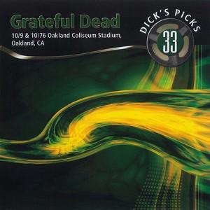 Dick's Picks Vol. 33: 10/9/76 & 10/10/76 (Oakland Coliseum Stadium, Oakland, CA) Albumcover