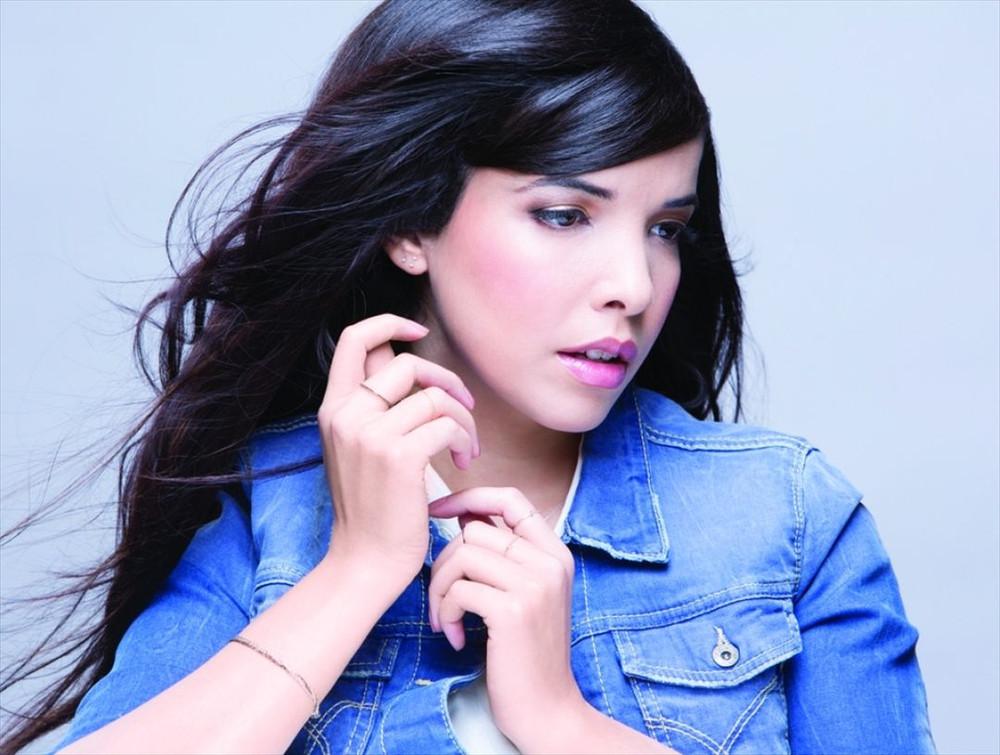 Indila слушать онлайн бесплатно