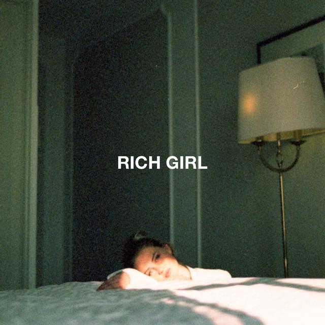 Mausi - Rich Girl