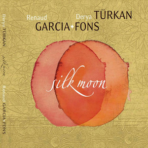 Silk Moon Albümü