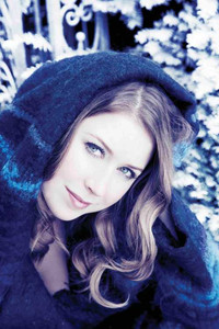 Hayley Westenra, Royal Philharmonic Orchestra Dark Waltz cover