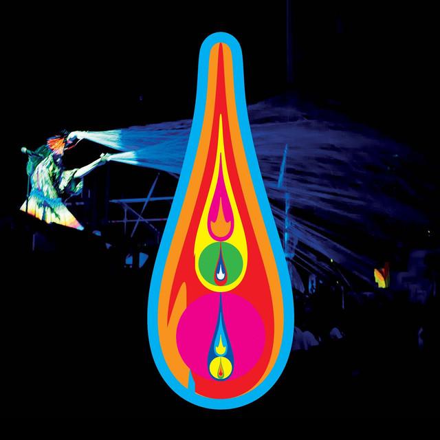 Skivomslag för Björk: Voltaic