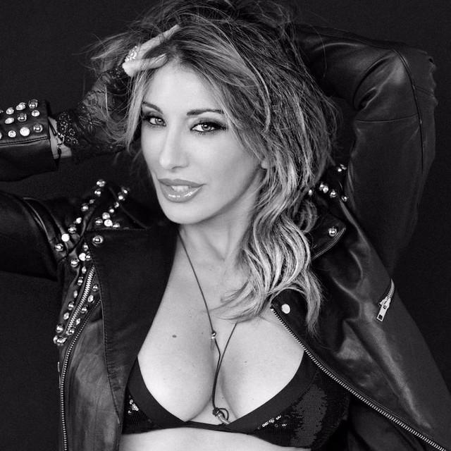 Sabrina Salerno tickets and 2020 tour dates