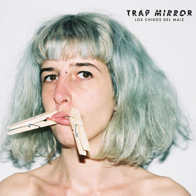 Trap Mirror