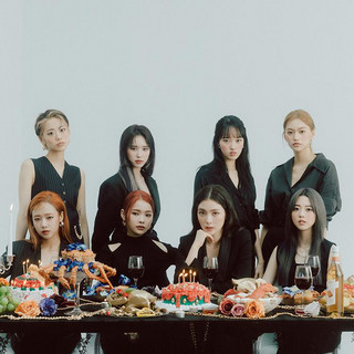 Weki Meki profile picture