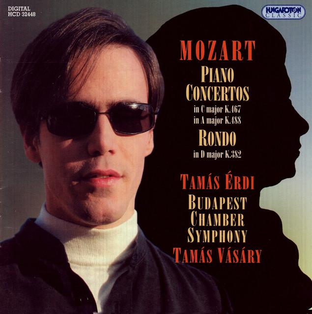 Mozart: Piano Concertos Nos. 21 and 23 / Rondo in D Major Albumcover