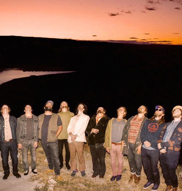 Edward Sharpe and the Magnetic Zeros photo