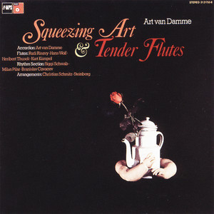 Squeezing Art & Tender Flutes