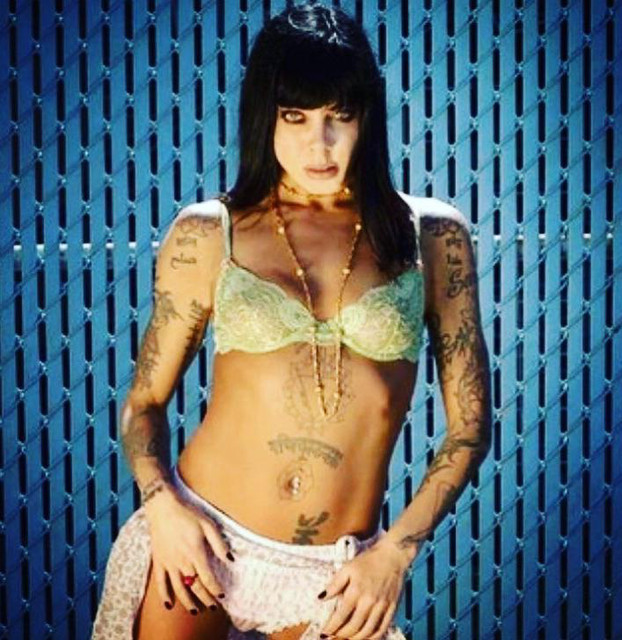 Pictures of Bif Naked