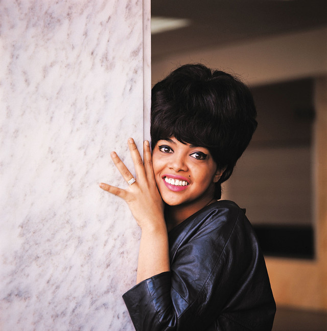 Tammi Terrell Give in, You Just Can't Win cover