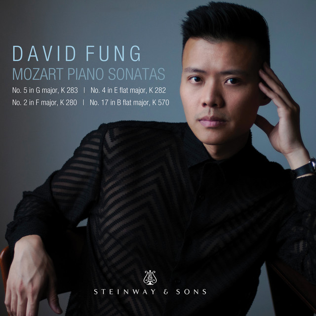 Album cover for Mozart: Piano Sonatas by Wolfgang Amadeus Mozart, David Fung
