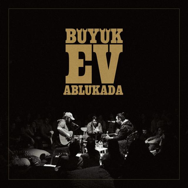 Album cover for Ay Şuram Hâlâ Ağrıyo by Büyük Ev Ablukada