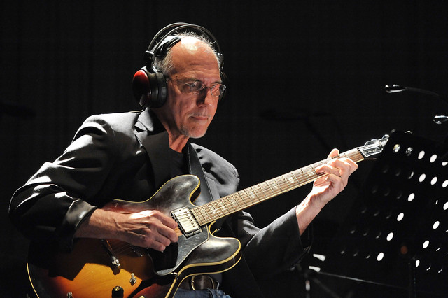 Larry Carlton Just My Imagination (Running Away with Me) cover
