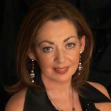 Sandy Kelly profile
