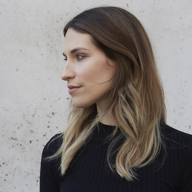 Profile photo of La Fleur