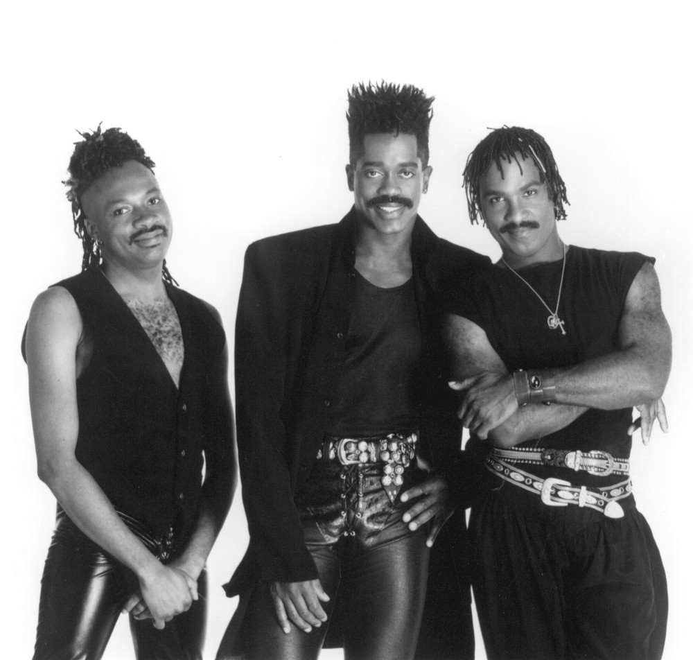 Is larry blackmon gay