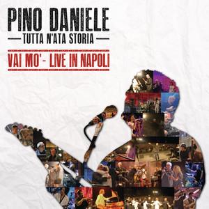Tutta n'ata storia: Vai mo' - Live in Napoli album