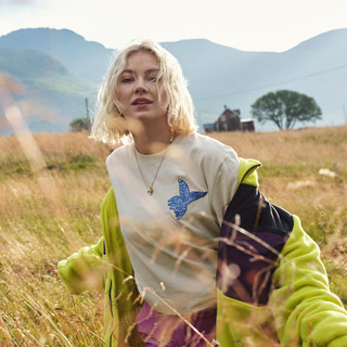 Astrid S Picture