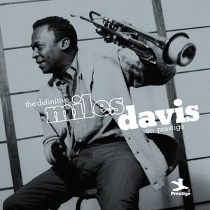 The Definitive Miles Davis on Prestige Albumcover