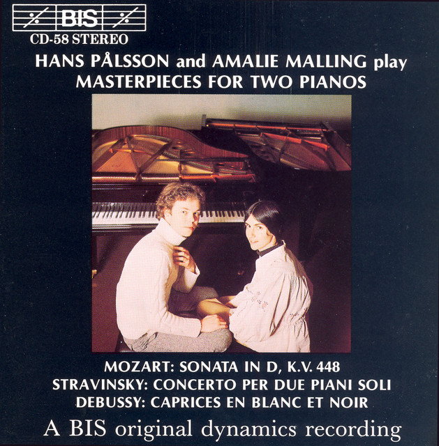 Mozart / Stravinsky / Debussy: Masterpieces for Two Pianos Albumcover