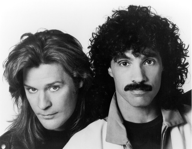 Daryl Hall, Hall & Oates, John Oates The Girl Who Used to Be cover
