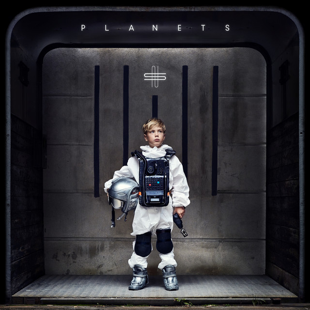 Album cover for Planets by Nicklas Sahl