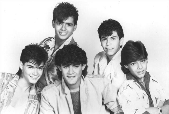Menudo La Banda Toca Rock cover