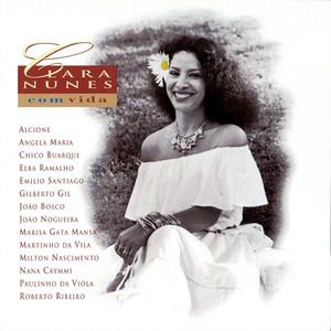Clara Nunes Com... Vida album