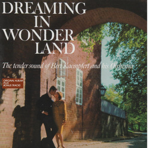 Dreaming in Wonderland (Original Album Plus Bonus Tracks) album