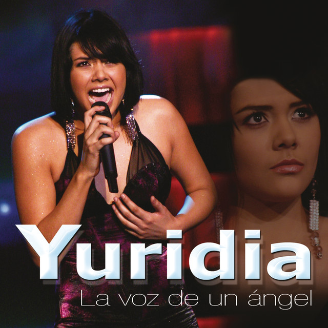 Album cover for La Voz de un Ángel by Yuridia