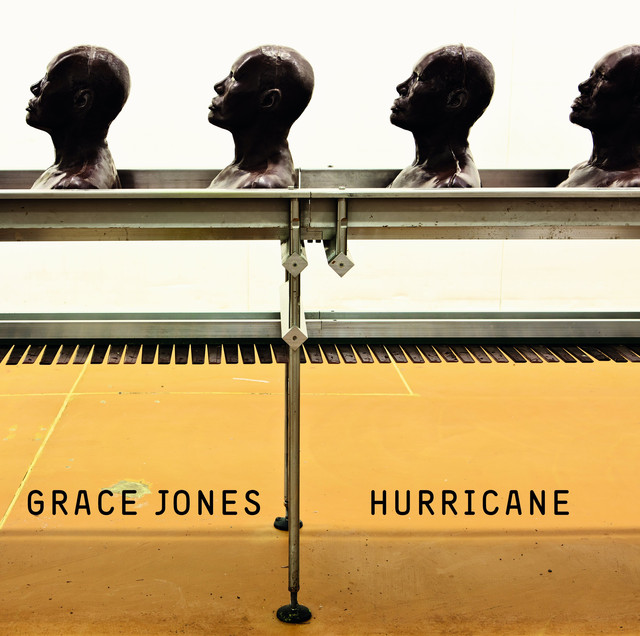 Skivomslag för Grace Jones: Hurricane