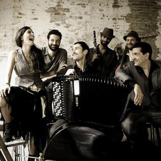 Barcelona Gipsy Klezmer Orchestra