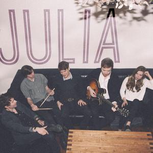 Julia - Fast Romantics