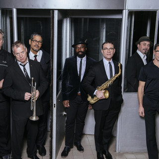 New Cool Collective & Andrew Roachford