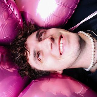 Lauv profile picture