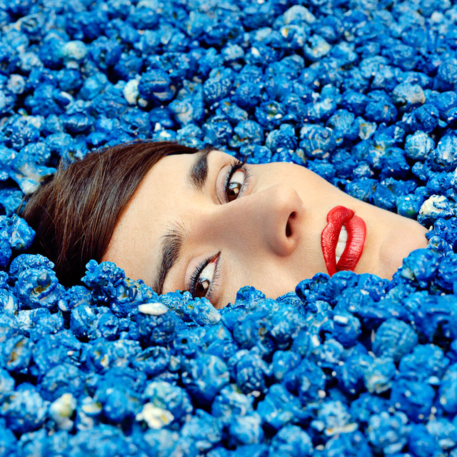 YELLE Complètement Fou Commentary album cover