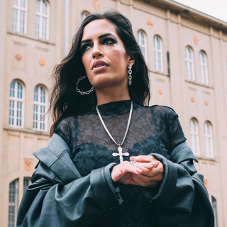 Lívia Cruz
