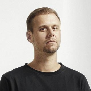 Armin van Buuren profile picture